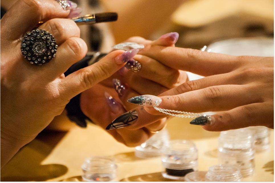 Làm thế nào để khôi phục lại móng tay sau khi gel sơn móng tay - đề nghị